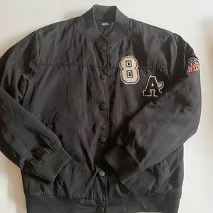 Boohoo US size 10 Oversized black bomber jacket